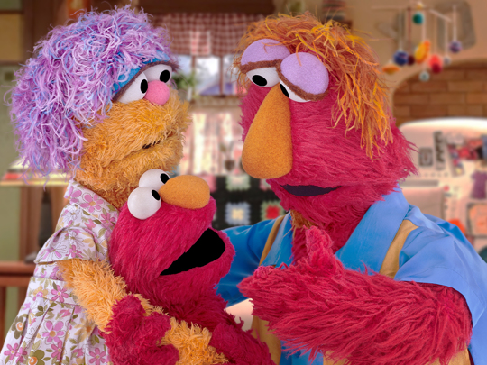 Elmo and parents teach kids about hand washing