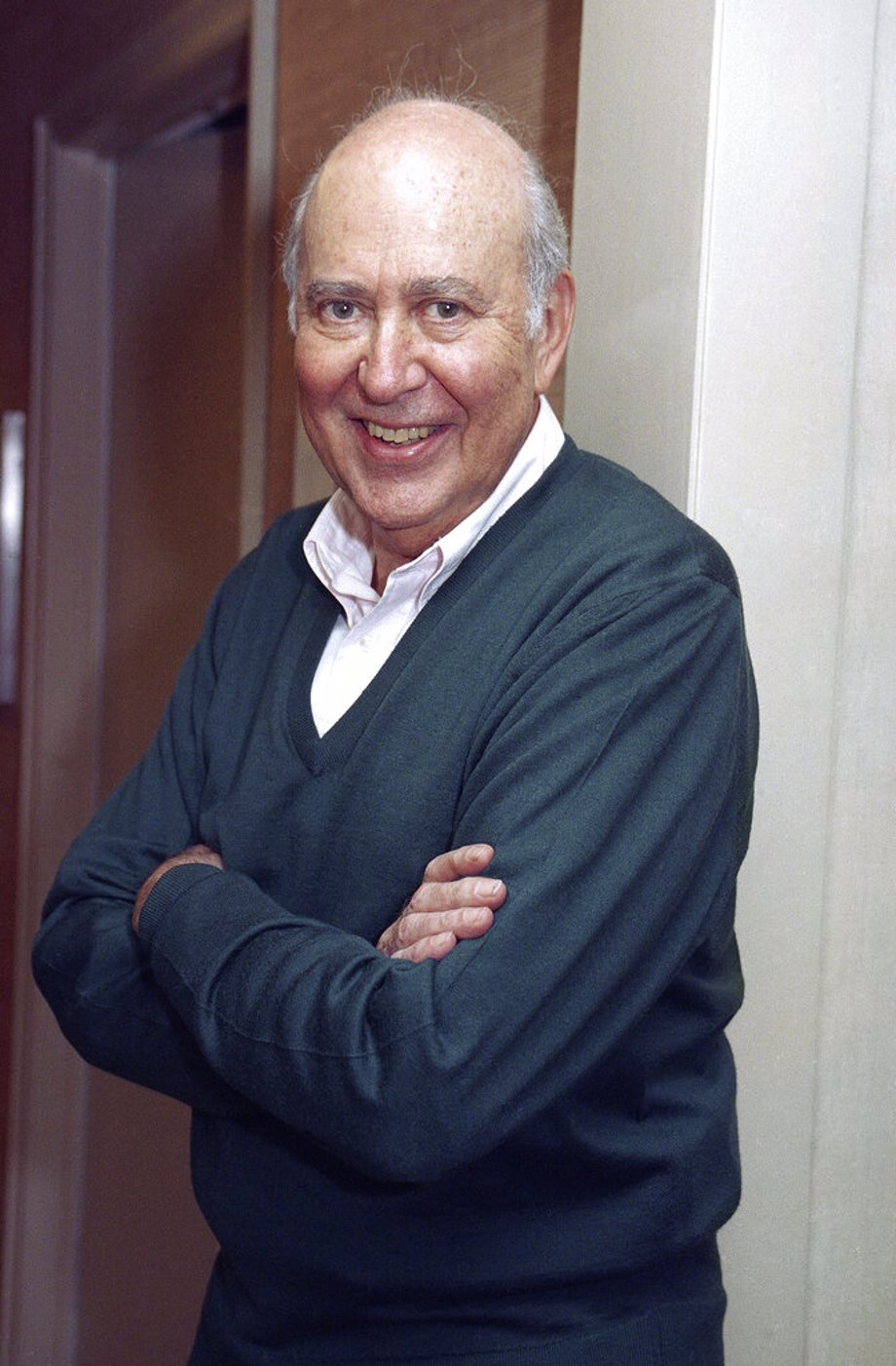 1993 file photo, writer-comedian and film director Carl Reiner, 71, appears after an interview in New York.
