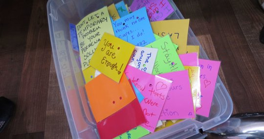 tub of notes