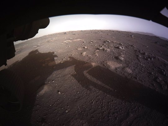 First color image sent by the Perseverance Mars rover after its landing