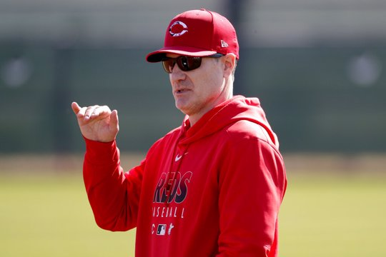 Cincinnati Reds manager David Bell talks during the teams' first spring training baseball workout in Goodyear, Ariz.