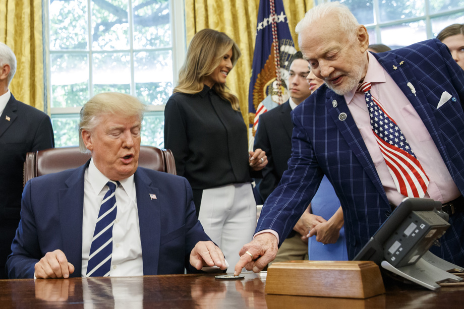 Apollo 11 astronauts Buzz Aldrin and Michael Collins visit Oval Office