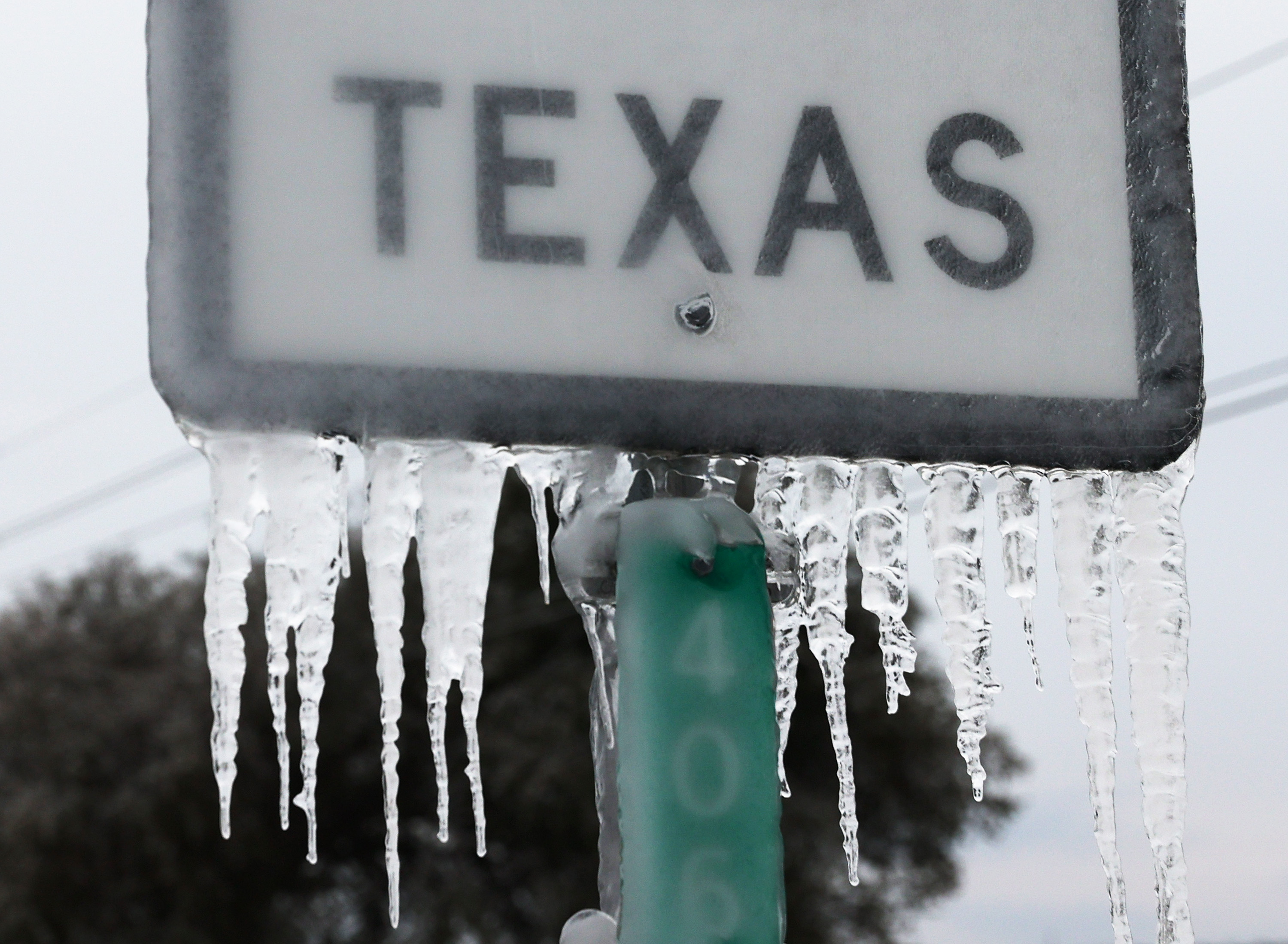 Good Samaritans Help Out Those In Need During Deep Freeze In Texas