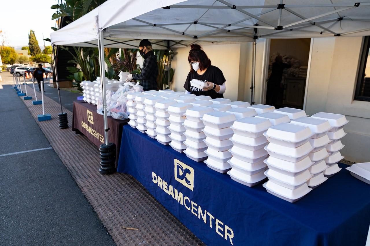Feeding LA