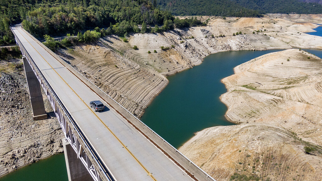 Enterprise Bridge over Lake Oroville