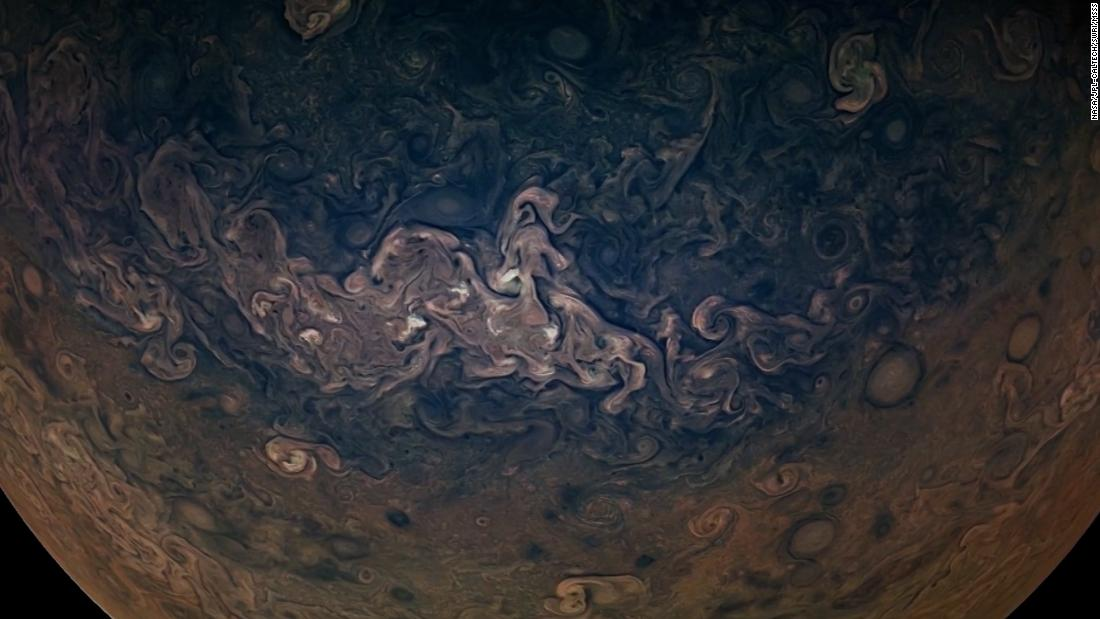 Jupiter Flyby Animation Shows Planet And Largest Moon