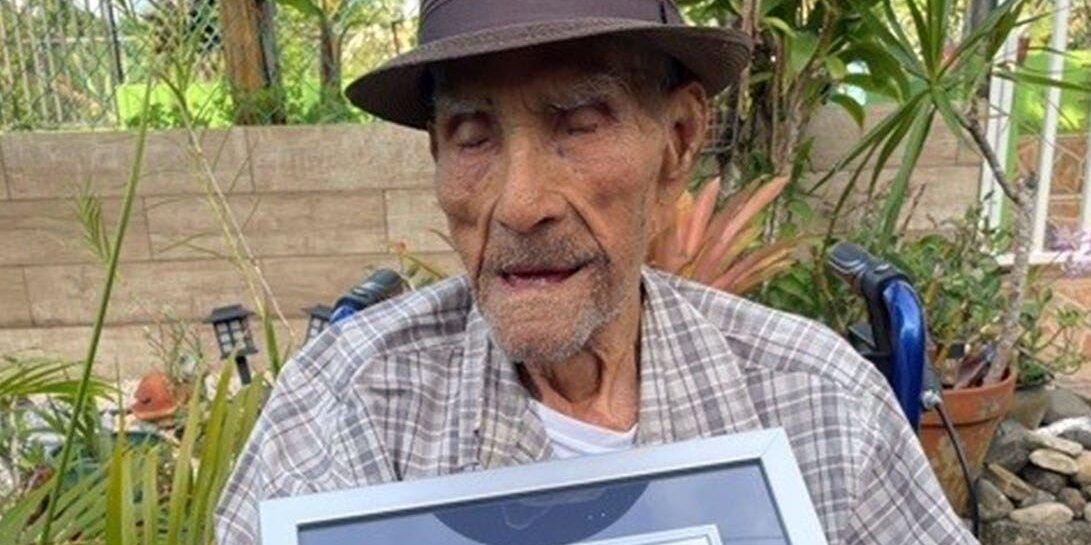 Emilio Flores Márquez