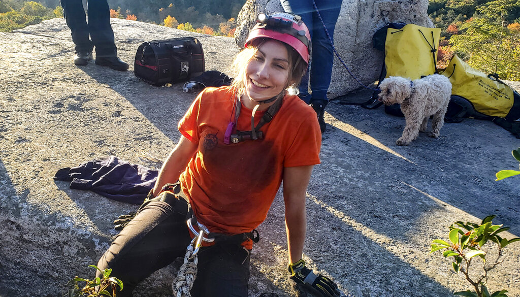 Jessica Van Ord rescued dog from crevice
