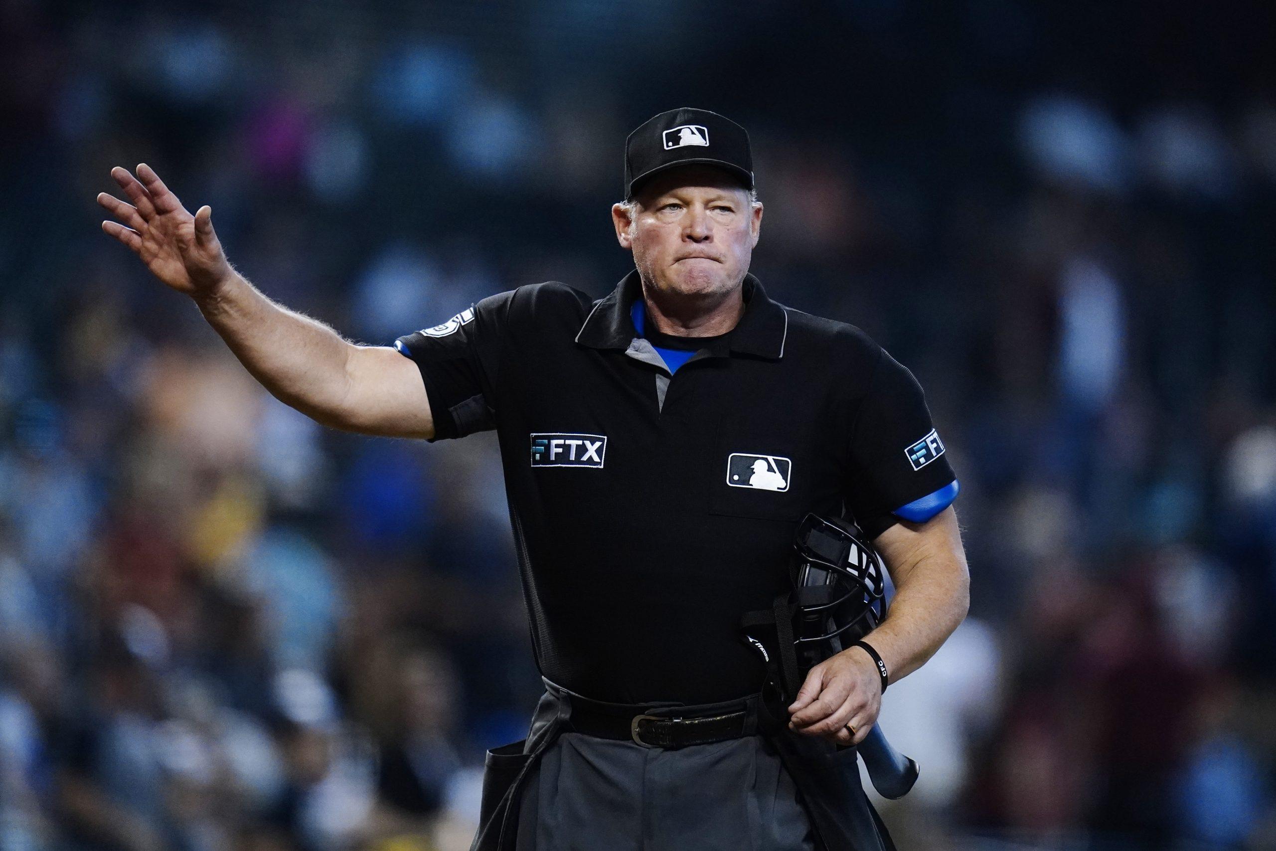 Umpire Ted Barrett